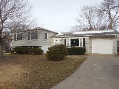 Single Family Home For Sale: 1717 Parkway Drive