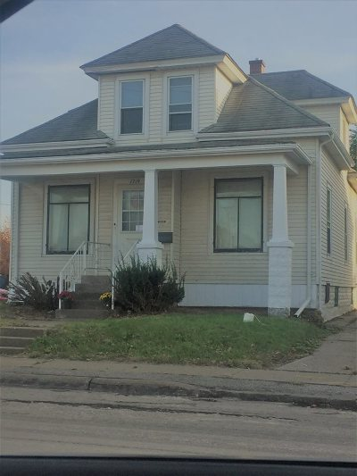 Davenport Single Family Home For Sale: 1719 W Locust Street