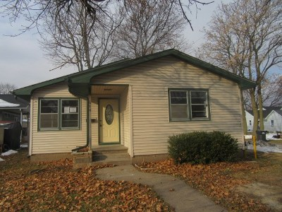 Single Family Home For Sale: 614 S 6th Street