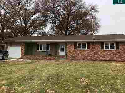 Single Family Home For Sale: 900 12th Avenue