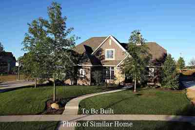 Bettendorf Single Family Home For Sale: 4737 Woodland Drive