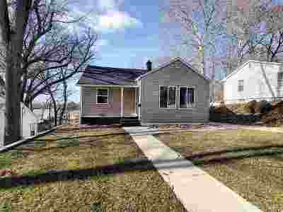 Bettendorf Single Family Home For Sale: 730 15th Street