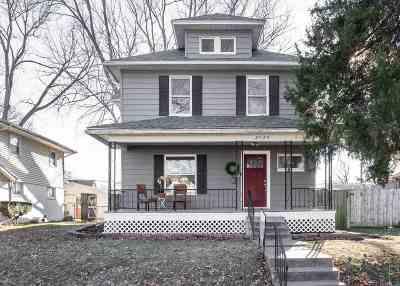Bettendorf Single Family Home For Sale: 2829 Oak Street