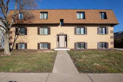 bettendorf Rental For Rent: 3430 Holiday Court