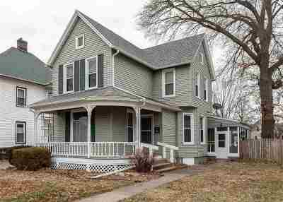 Davenport IA Single Family Home For Sale: $99,900