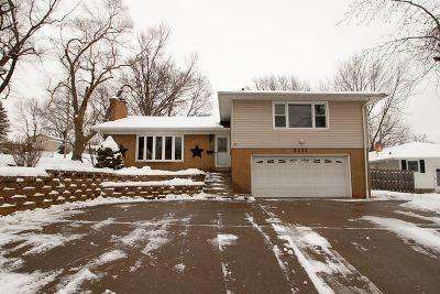 Davenport IA Single Family Home For Sale: $170,000