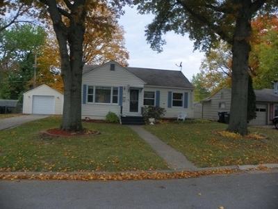bettendorf Rental For Rent: 1120 15th Street