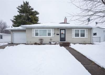 Davenport Single Family Home For Sale: 2331 N Michigan Avenue