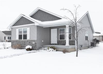 Prairie Heights Single Family Home For Sale: 6341 Mississippi Avenue