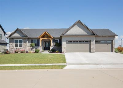 Bettendorf Single Family Home For Sale: 5511 Willmeyer Drive