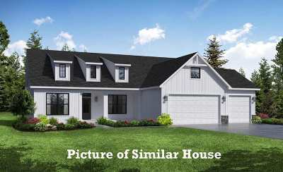 Le Claire Single Family Home For Sale: 2 William Court