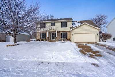 Davenport IA Single Family Home For Sale: $309,900