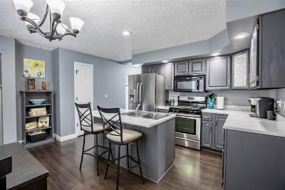 Eldridge Single Family Home For Sale: 600 N 6th Street