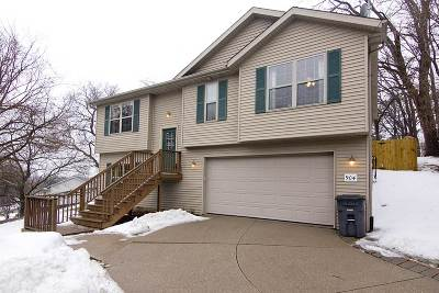 Bettendorf Single Family Home For Sale: 904 17th Street