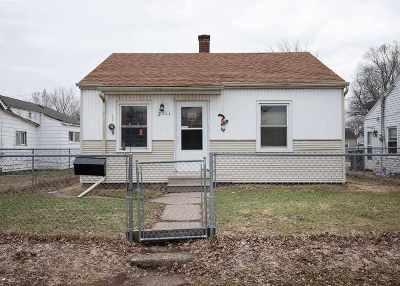 Davenport IA Single Family Home For Sale: $64,900