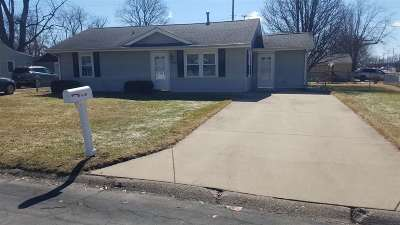Davenport Single Family Home For Sale: 2115 W 70th Street