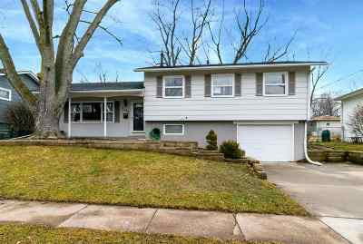 bettendorf Single Family Home For Sale: 3112 Windsor Drive