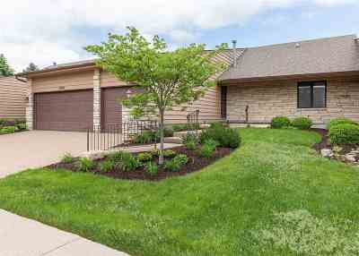 Bettendorf Condo/Townhouse For Sale: 3359 E Ridge Drive