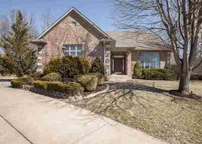 Le Claire Single Family Home For Sale: 605 Slatestone Circle