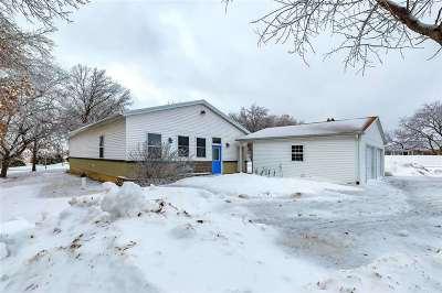 Eldridge Single Family Home For Sale: 25952 Scott Park Road