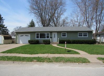 Davenport IA Single Family Home For Sale: $92,500