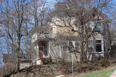Davenport IA Single Family Home For Sale: $94,900