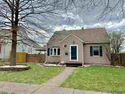 Davenport IA Single Family Home For Sale: $149,900
