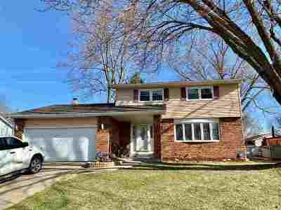 Davenport IA Single Family Home For Sale: $184,900