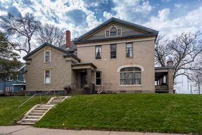 Davenport Single Family Home For Sale: 517 W 7th Street