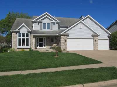 Bettendorf Single Family Home For Sale: 1830 Plum Tree Road