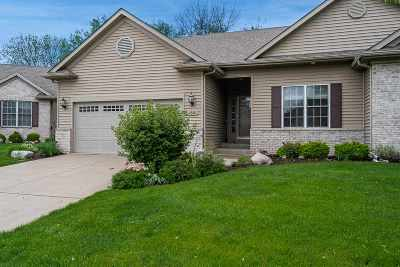Bettendorf Condo/Townhouse For Sale: 1302 Pinnacle Pines Court