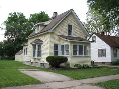 South Beloit Single Family Home For Sale: 626 Fairview Avenue