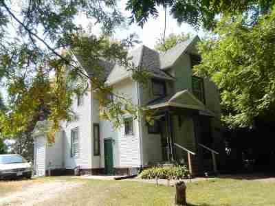 Ogle County Single Family Home For Sale: 301 W 4th Street
