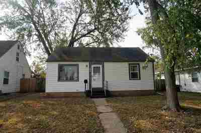 Rockford Single Family Home For Sale: 2808 Ridgeway Ave