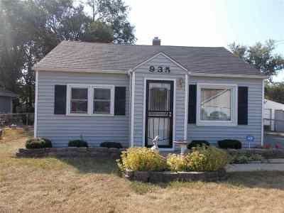 Machesney Park Single Family Home For Sale: 935 Maple Avenue