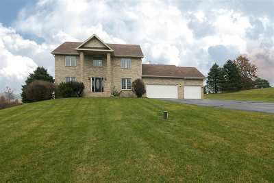 Boone County Single Family Home For Sale: 8952 Winding Prairie Trail