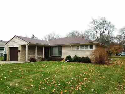 Rockford IL Rental For Rent: $900