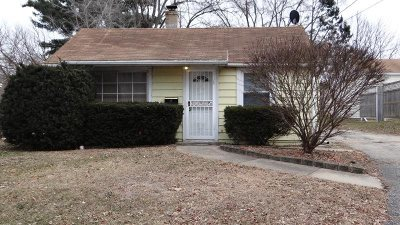 Rockford IL Single Family Home For Sale: $41,000