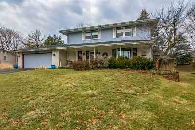 Rockford Single Family Home For Sale: 2914 Creekside Court