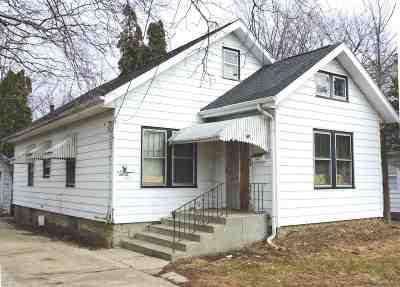Freeport Single Family Home For Sale: 736 W Moseley Street