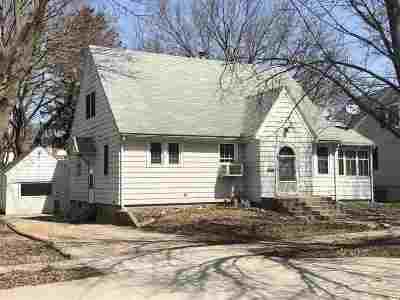 Ogle County Multi Family Home For Sale: 708 W Washington Street