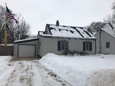 Rockford IL Single Family Home For Sale: $42,900