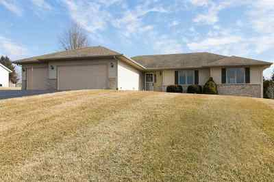 Rockford Single Family Home For Sale: 6302 Winchester Drive