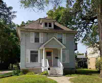 South Beloit Multi Family Home For Sale: 432 Oak Grove Avenue