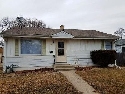 Rockford IL Rental For Rent: $850