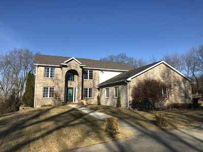 Ogle County Single Family Home For Sale: 13 Terrace View Boulevard