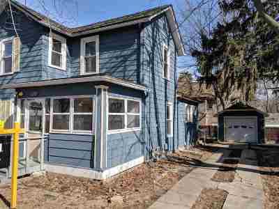 Freeport Single Family Home For Sale: 115 N Grove Ave