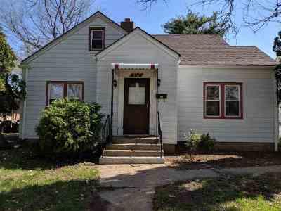 Winnebago County Single Family Home For Sale: 2111 19th Avenue