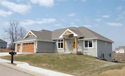 Rockton IL Single Family Home For Sale: $359,900