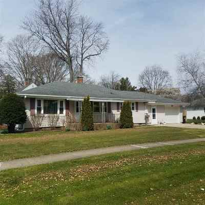 Ogle County Single Family Home For Sale: 610 S 6th Street